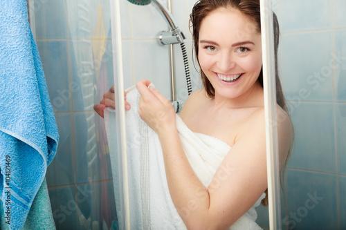 Фото девушки принимают душ 51294 фотография
