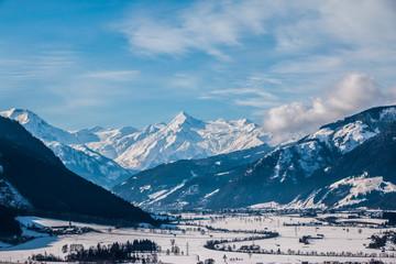 Kitzsteinhorn an einem sonnigen Wintertag