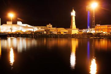 Small night port