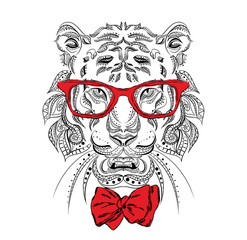 Ethnic tiger in atie. Tiger glasses. Fashion & Style. Hipster. Print. Experiment. Shocking.