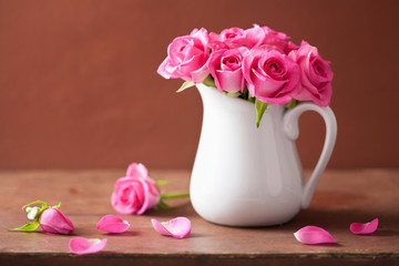 Wall Mural - beautiful pink roses bouquet in vase