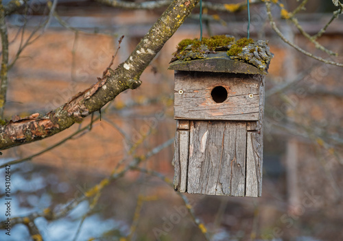 quot rustikales vogelh 228 uschen aus holz und rinde quot stock photo and royalty free images on fotolia