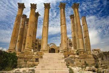 Jordan. Jerash (the Roman ancient city of Geraza). Corinthian columns of the Temple of Artemis