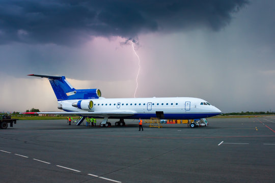 Storm in a provincial airport