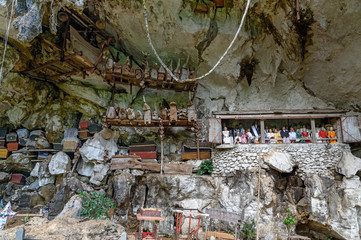 Photo sur Aluminium Londa is cliffs and cave burial site in Tana Toraja, South Sulawesi, Indonesia
