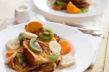 French toasts with fruits