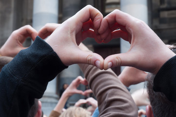 Hands II.