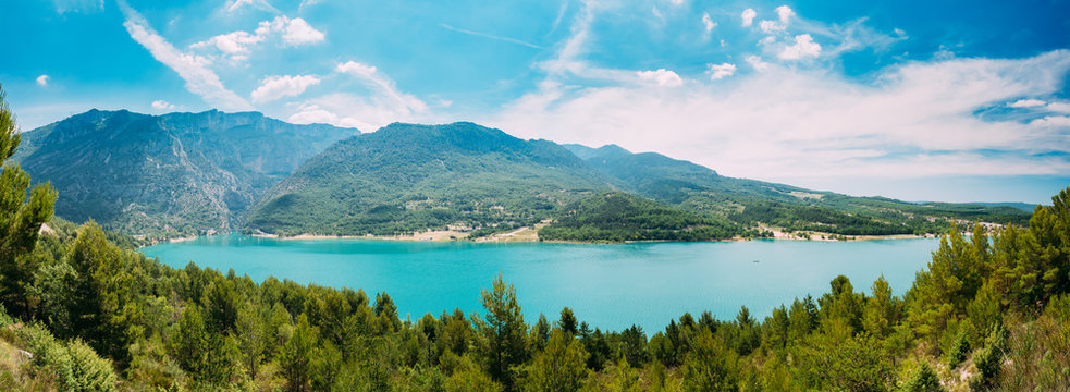 Beautiful landscape of St Croix Lake in the Gorges Du Verdon in