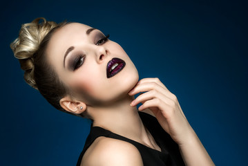 Ombre lips glamour make-up (Verena Narnhofer - Modelpage)