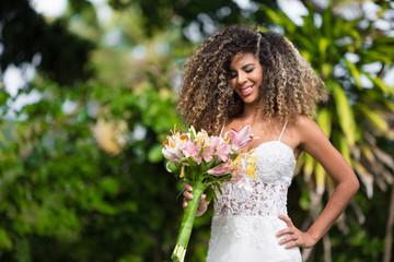 Bride / Beautiful bride holding her bouquet