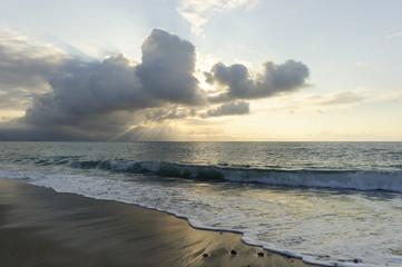 Ocean Sun Rays