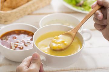 スープの朝食