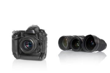 Kamera mit 3 Objektiven scharf