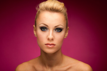 Gorgeous woman portrait with perfect makeup, smokey eyes, full l