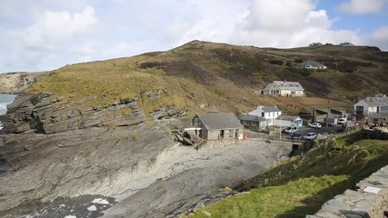 Fototapete - Trebarwith Strand coast village Cornwall England UK between Tintagel and Port Isaac pan