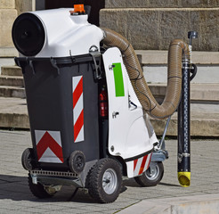 Vacum street cleaner machinery