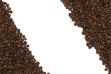 Many coffee beans situated by diagonal