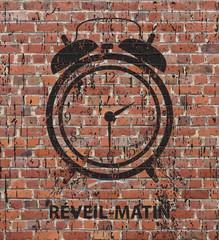 Stree art, Réveil matin sur un mur grunge
