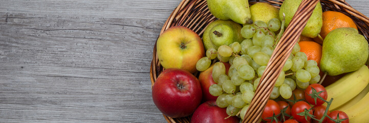 Früchte im Korb