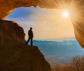 man  mainsails and caves!