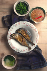 Fried mackerel and chili paste with blanched vegetables.Thai food