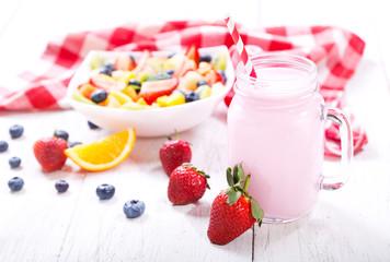jar of strawberry smoothie