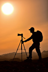 günbatımı ve fotoğrafçı