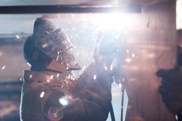 Plasma cutting of metal