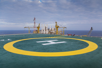 Helicopter landing pad at accommodation platform of oil and gas industry