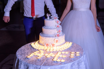 wedding cake dessert with orchids mastic