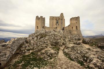 In provincia dell'aquila, Rocca Calascio