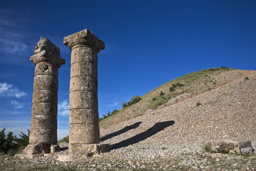 Turkey. Karakus Royal Tumulus - Doric columns surrounding 35 meter high tumulus - it's the funerary monument of the Commagene royal families