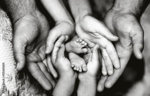 семья чёрно белые картинки