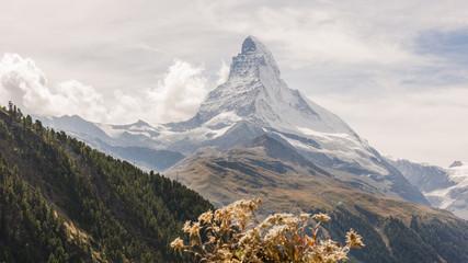 Zermatt, Dorf, Bergdorf, Findeln, Findelschlucht, Alpen, Schweizer Berge, Matterhorn, Walliser Bergdorf, Wanderweg, Wanderferien, Sunnegga, Wallis, Sommer, Schweiz