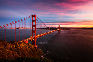 Fototapete - Golden Gate Bridge sunset