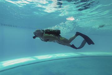 Diver in Swimming pool, Scuba Dive Swimming Pool, Underwater  Wall mural