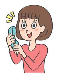 女性 電話 笑顔