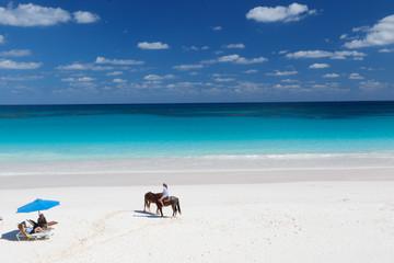 Bahamas: Horse - woman riding