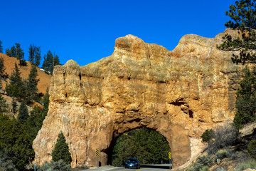 Rock tunnel in Red Canyon, Utah