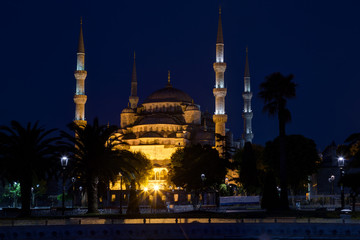 Blue mosque (Sultan Ahmed Mosque) in Istanbul at night, Turkey