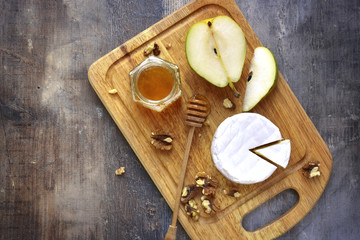 Camembert with honey,walnuts and pear.
