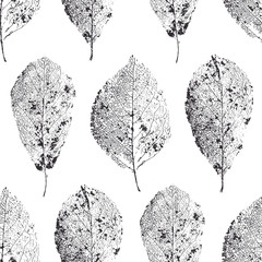 Vector seamless pattern with leaves. Dry leaves with veins.