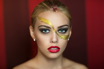 Golden art make up