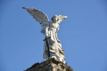Escultura de un Ángel de Mármol