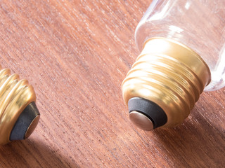 写真素材「電球のソケット」