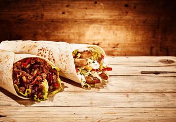 Spicy chicken and veggie burrito wraps