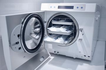 machine for sterilizing medical equipment
