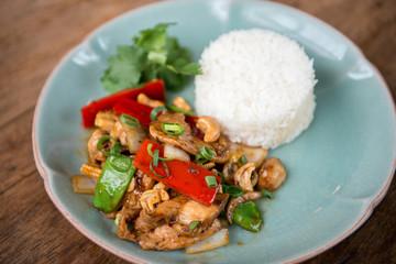 Garic chicken with steam rice