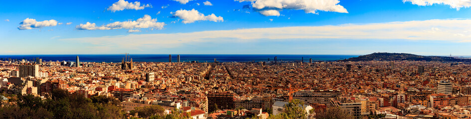 Autocollant pour porte Barcelona Panorama view of Barcelona from Park Guell in sunny day in winter. High resolution image. Spain