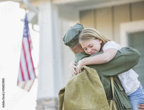 itun soldier homecoming heartwarming - HD 4782×3659